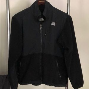 Northface womens Denali jacket not new